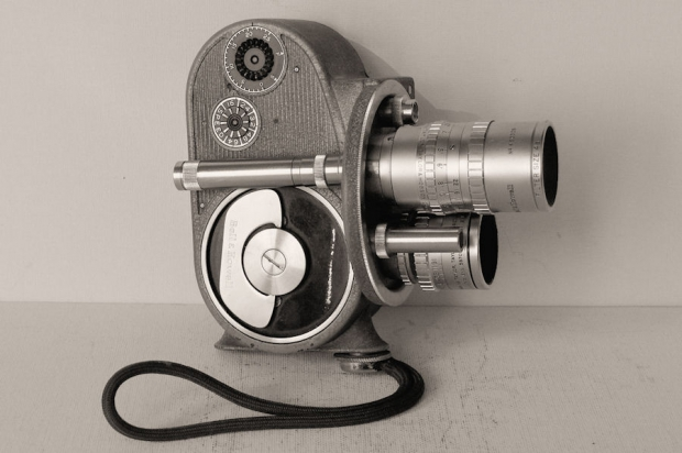 "BELL & HOWELL Filmo ""Double Eight"""